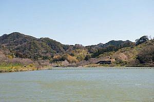佐久間ダム(2015年3月25日撮影)