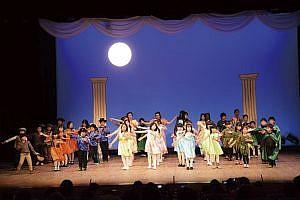 2005年の発表会「真夏の夜の夢」